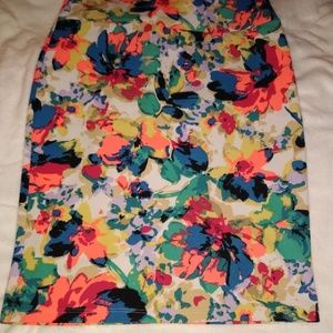 LuLaRoe Medium Cassie